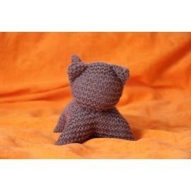 Peluche chat en tricot  brun